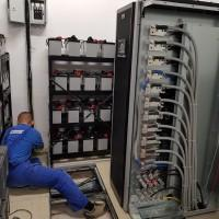 Zasilacze UPS konserwacja urządzeń
